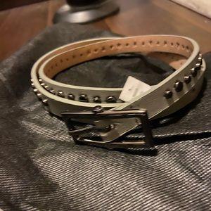 Calvin Klein grey studded leather skinny belt med